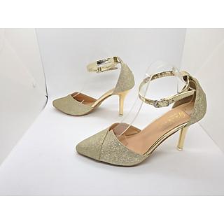Giày Sandal Cao Gót Nữ Màu Vàng Ánh Kim  Bít Mũi Đắp Chéo Sang Trọng, Đẳng Cấp Quai Cài Ngang Đế Nhọn Cao 9 Cm CGPN0095-YN133