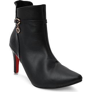 Giày Boot Nữ Cổ Cao Rosata RO26 - Đen