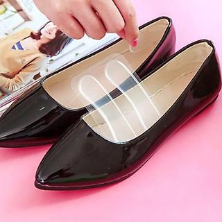 Set 2 miếng lót giày silicon chống đau gót chân