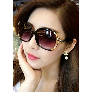 Mắt kính mát thời trang nữ chống tia UV. Bộ kèm hộp đựng kính và khăn lau kính.