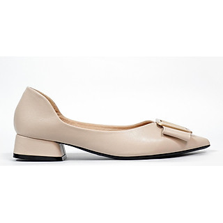 Giày búp bê nữ, chiều cao gót 3CM, da Microfiber nhập khẩu cao cấp êm ái, bền chắc và thời trang. Mũi nhọn, gót vuông  vững trãi bọc da đồng màu sang trọng và chắc chắn, đính nơ trẻ trung,thiết kế hiện đại, tinh tế, thời trang: BB.P20000.3F