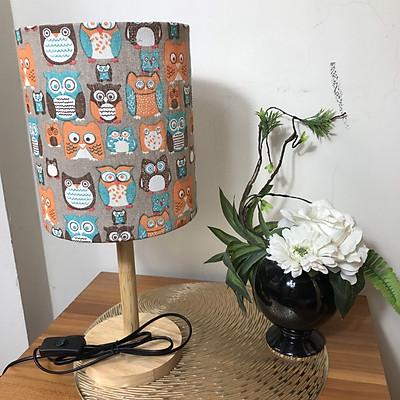 Đèn ngủ để bàn DB-H06 CÚ, đèn bàn ngủ chóa vải bố linen decor nhà cửa, chân gỗ phong cách, công tắc bật tắt, tặng kèm bóng đèn