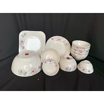 Bộ đồ ăn gốm sứ cao cấp 11 món :bát, đĩa, tô, chén  gốm sứ  - Hoa dây leo hồng