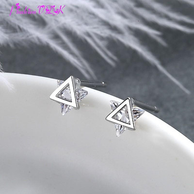 Hoa tai tam giác ba chiều đơn giản cá tính gắn đá zircon