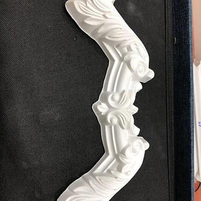 Phù điêu nhựa hoa văn nối góc cho chỉ nhựa bản rộng 4cm/K màu trắng