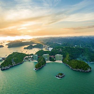 [Gói Ưu Đãi] Flamingo Cát Bà Beach Resort 5* - Buffet Sáng, Hồ Bơi Vô Cực, Chèo Kayak, Bên Vịnh Lan Hạ.