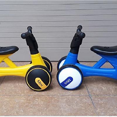Xe chòi chân/xe cân bằng/thăng bằng cho bé 2019 nhạc đèn- màu cho bé trai