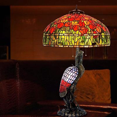 Đèn bàn trang trí Tiffany chao 51cm chân khổng tước