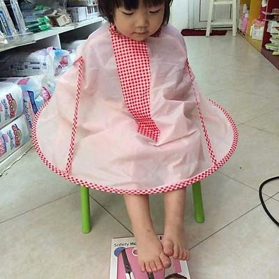 Áo choàng cắt tóc có khay hứng thông minh - Hàng nội địa Nhật