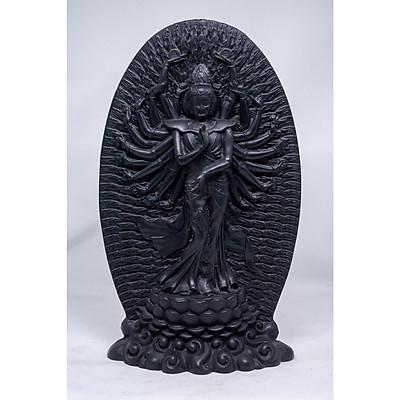 Phù điêu Phật Bà nghìn tay bằng đá màu đen