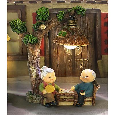 Tượng trang trí Ông lão Bà lão ngồi đánh cờ dưới gốc cây