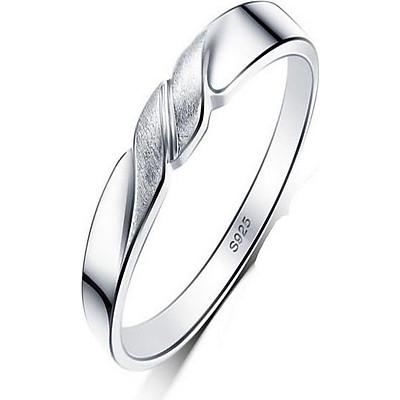 Nhẫn  nữ nu241