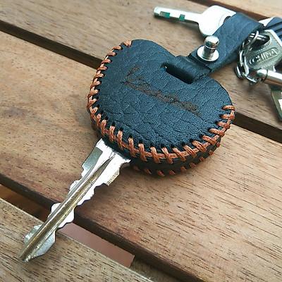 Bao da chìa Vespa (Màu đen)