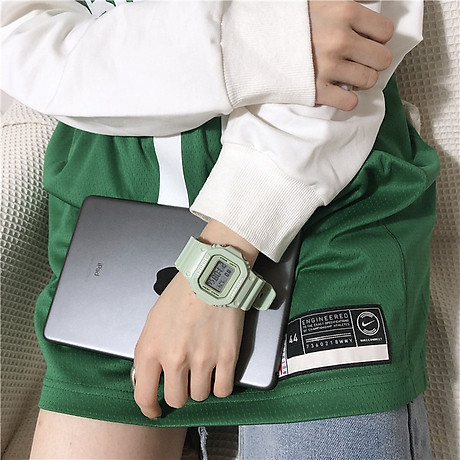 Đồng hồ nữ thể thao màu xanh matcha cực đẹp chống nước 5