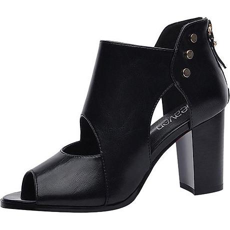 Giày Boots Cao Cổ Nạm Kim Loại Monte 2