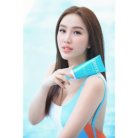 Sữa Rửa Mặt Cleansing Foam Onyx Cosmetics giúp dưỡng ẩm cho làn da (150ml) 3