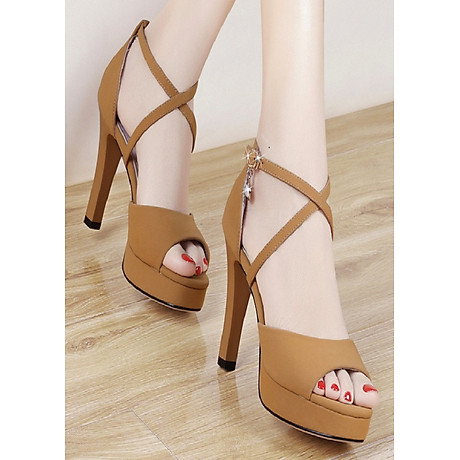 Giày cao gót quai đan chéo nhỏ 1