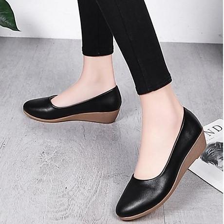 Giày nữ bít mũi đế xuồng cao 3cm kiểu trơn da lì siêu nhẹ siêu mềm C26n có ảnh thật 1