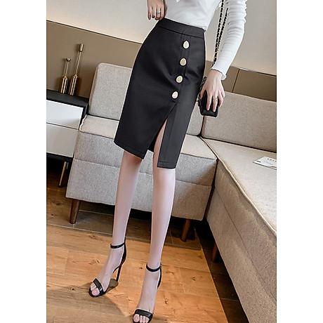 Chân váy ôm công sở Louro L900, mẫu chân váy công sở với hàng cúc dọc xẻ đùi, dáng ôm body khoe trọn đường nét, kết hợp với áo sơ mi, áo phông đều đẹp, vải thoáng mát, lên dáng tốt 1