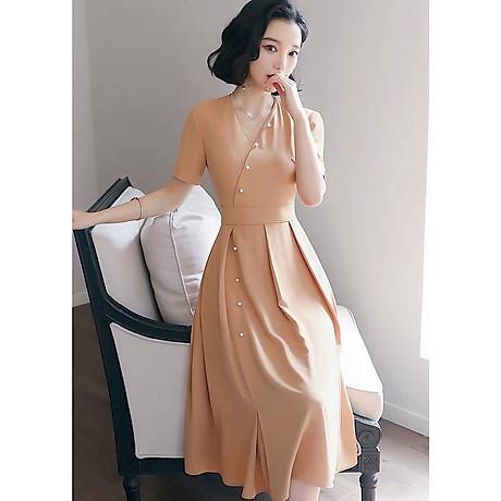 Đầm kem form dài nút ngọc 2