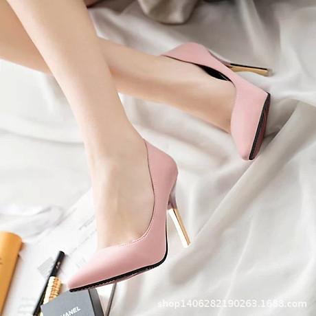 Giày cao gót trơn màu mũi nhọn quý phái 3