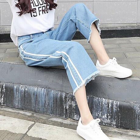 Quần Jeans Nữ Ống Rộng Phối Sọc 235 5