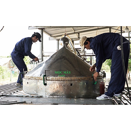 Tinh dầu Gỗ Tuyết Tùng (Hoàng Đàn) 10ml Mộc Mây - tinh dầu thiên nhiên nguyên chất 100% - chất lượng và mùi hương vượt trội, mạnh mẽ nồng nàn, nhưng êm dịu sẽ giúp cho bạn có những giây phút không thể tuyệt vời hơn - Có kiểm định 5