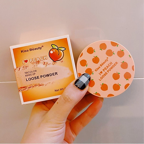 Một Hộp Phấn Phủ Dạng Bột Ba Ngăn Kiss Beauty Peach Tặng Kèm Bông Phấn 6
