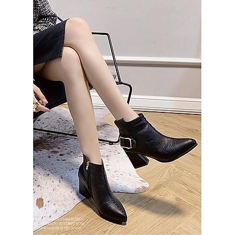 Giày boot nữ cổ trung da pu mềm,gót vuông đi nhiều êm chân,dễ phối thời trang-851 1