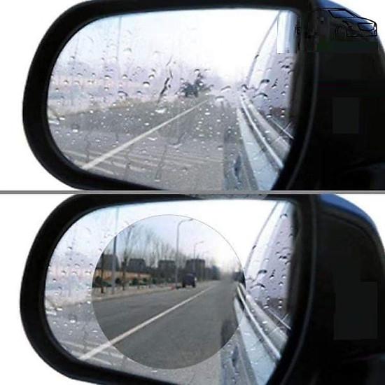 Thumb của hình Phim chống đọng nước gương ô tô khi trời mưa