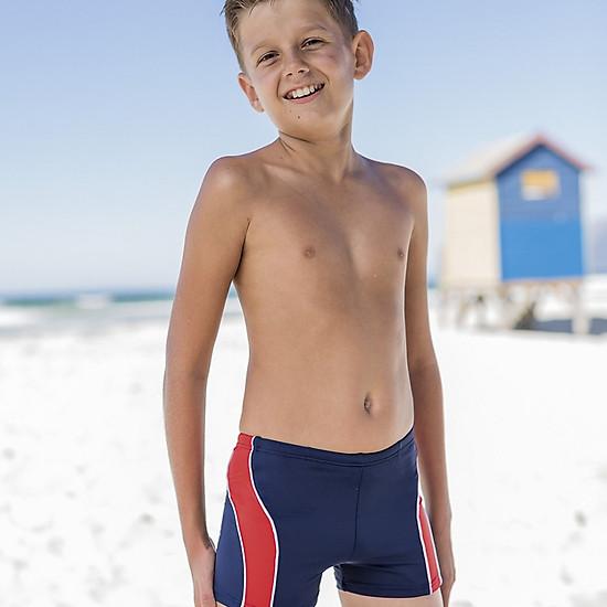 Hình đại diện sản phẩm Combo quần bơi bé trai xanh đen - sọc đỏ + Tặng kính bơi Fashy Germay Rocky