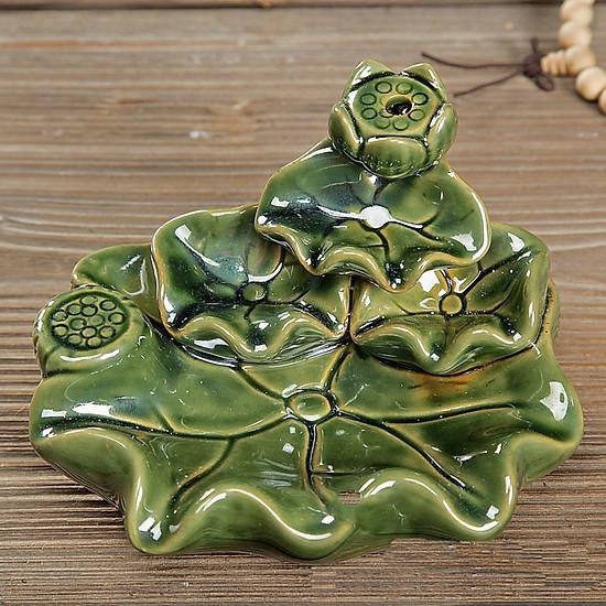 Thác khói trầm hương để bàn tặng 3 nụ trầm lá sen 4 tầng màu lam