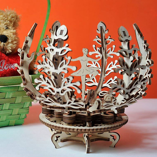 Mô hình cơ động học Vũ Công và Cây may mắn Mechanical Flower