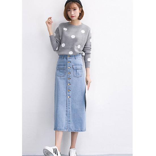 Chân váy jean dài túi trước gài nút