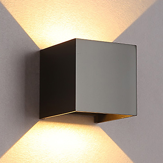 Đèn hắt tường hiện đại