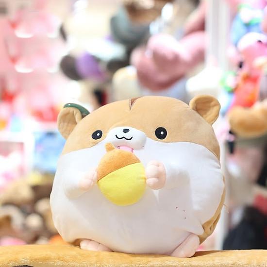 Gối mền chuột hamster xỏ tay ôm trái cây lông mịn