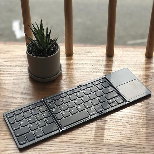 Bàn Phím Mini Keyboard Gập Gọn Bluetooth Kèm Touchpad – Hàng Chính Hãng