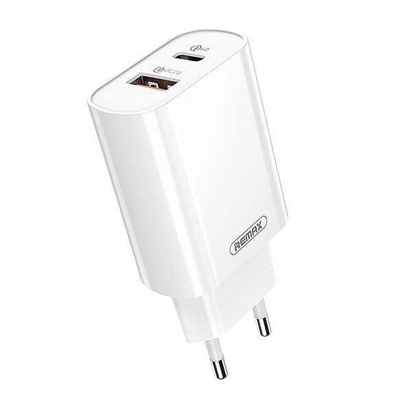 Sạc nhanh Remax RP-U37 2 cổng USB tích hợp QC 3.0 và PD 18W Sạc nhanh cho iPhone – Hàng nhập khẩu