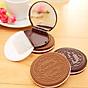 Combo 2_Gồm 1 Cọ Trang Điểm Cán Nhũ Lông Mềm và 1 Bộ Gương Lược Mini Hình Bánh Quy Chocolate Màu Ngẫu Nhiê 5