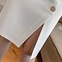 Chân váy ôm công sở Louro L900, mẫu chân váy công sở với hàng cúc dọc xẻ đùi, dáng ôm body khoe trọn đường nét, kết hợp với áo sơ mi, áo phông đều đẹp, vải thoáng mát, lên dáng tốt 8