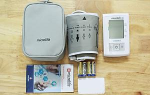 Máy đo huyết áp cổ tay điện tử Beurer BC30