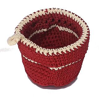Giỏ nhựa đựng đồ đan tròn có móc xách treo tường đỏ trắng - hình 4
