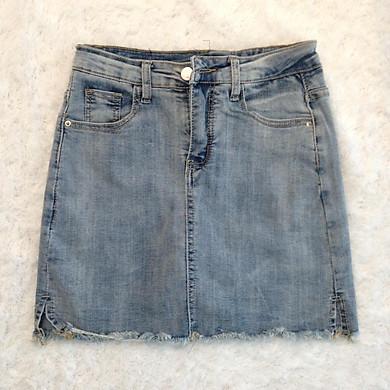 Váy jeans rách túi sau