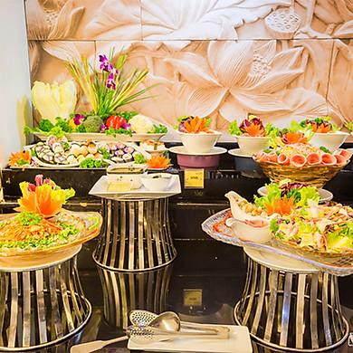 Buffet Trưa Gánh Bông Sen, Độc Đáo Hương Vị Ba Miền