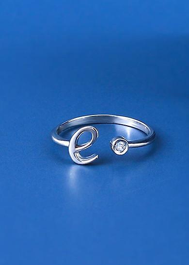 Nhẫn chữ e vàng trắng đính đá CZ JR1013 Jyme Jewelry