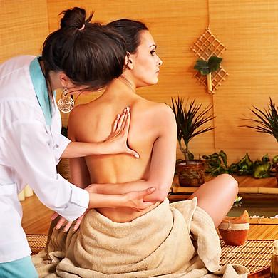 Massage Vật Lý Trị Liệu 60 Phút + 15 Phút Chườm Đá (Xông Mũi) Tại Paradise Beauty & Spa