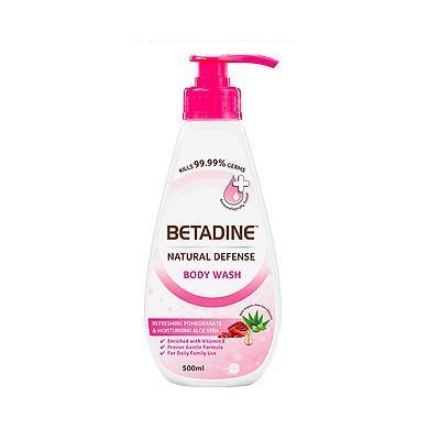 Sữa tắm kháng khuẩn Betadine chiết xuất hạt lựu và lô hội chai 500ml