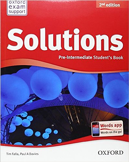 Solutions (2 Ed.) Pre-Inter: Student Book - Paperback
