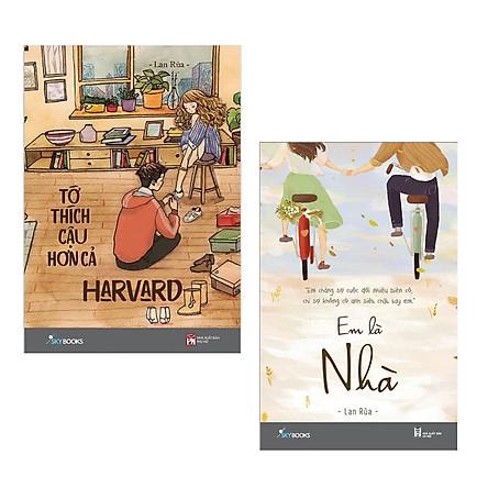 Combo 2 cuốn tiểu thuyết hấp dẫn : Tớ Thích Cậu Hơn Cả Harvard + Em Là Nhà (Tặng kèm Bookmark Happy Life )