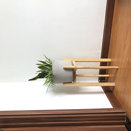 Kệ gỗ để chậu cây - Cho chậu đường kính 18 - 22 cm.